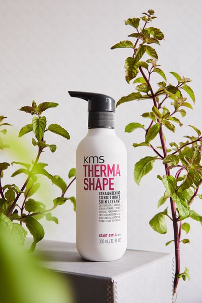 KMS Therma Shape Straightening Conditioner